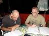 Klaus Riehm erarbeitet den Spielplan